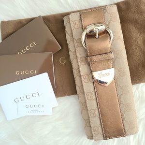 LIMITED EDITION Gucci Monogram Buckled Clutch💯